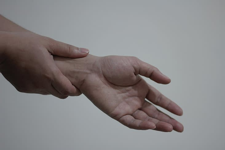 Are You a Candidate for Carpal Tunnel Syndrome Surgery?